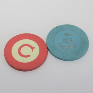 Lot of 2 vintage gambling tokens