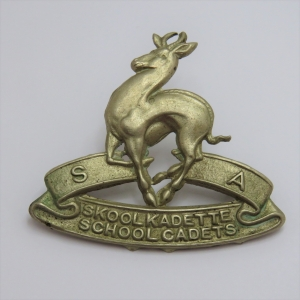 SA School cadets cap badge