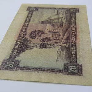 MH de Kock 4th issue R20 banknote EF with fold creases